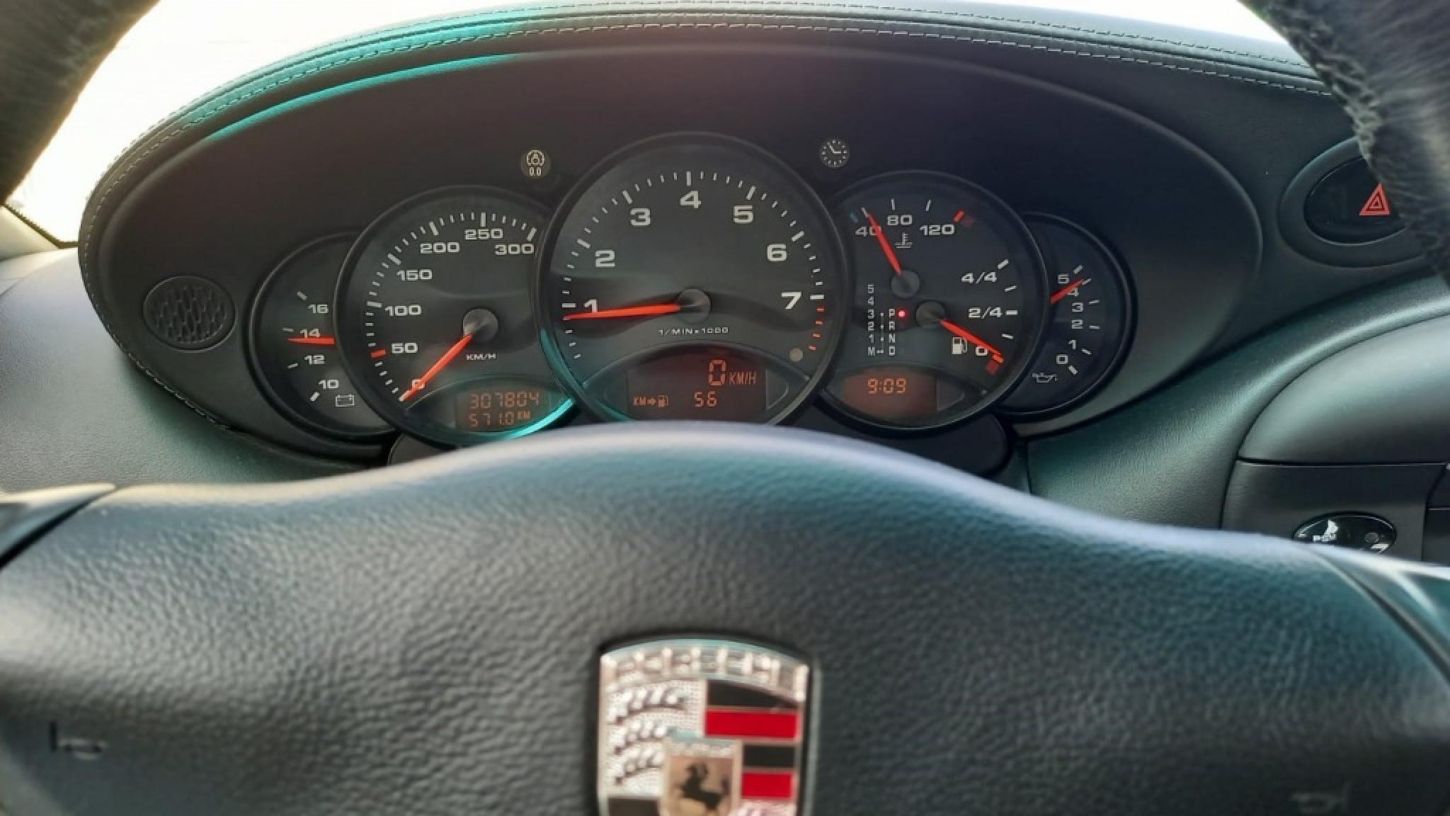 Porsche-911-15
