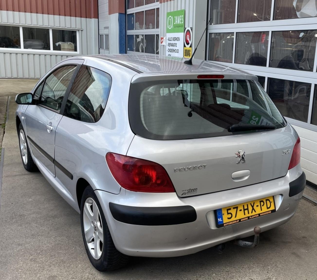 Peugeot-307-2